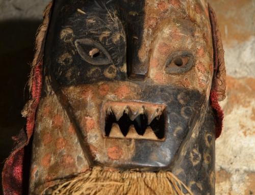 Máscara Lwalwa, felino